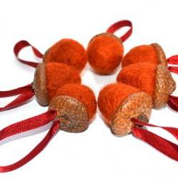 Autumn felt acorns - waldolf 7 hanging decorations/ wedding